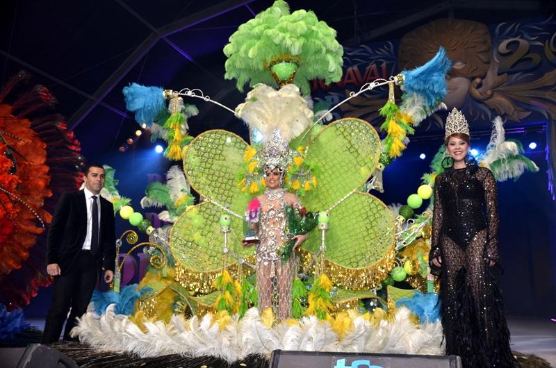 Resultado de imagen de Arrecife  gala de reina