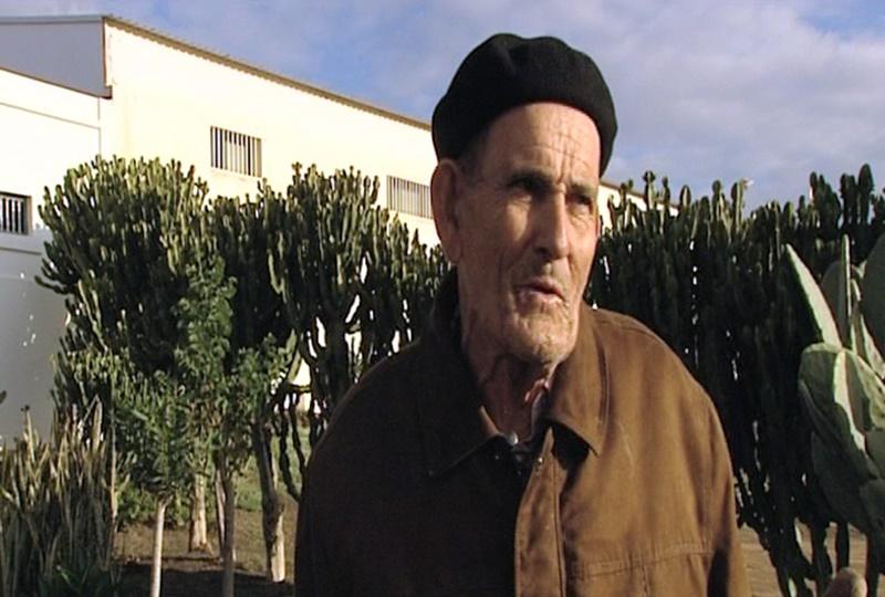El hombre encontrado muerto en su casa es le n tejera el - El jardinero en casa ...