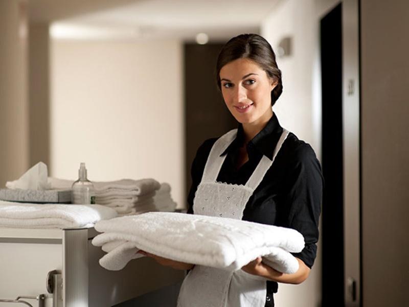 Jubilaci n anticipada de las camareras de pisos lancelot for Camarera de pisos sueldo