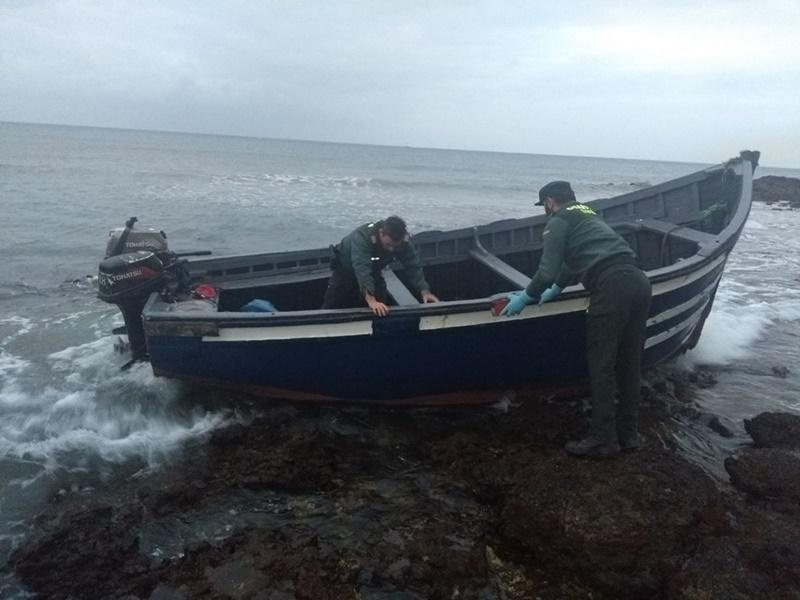 Resultado de imagen de nueva patera a las costas de Fuerteventura
