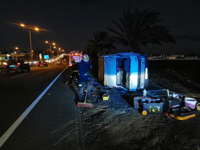 Otro vuelco en la carretera de Playa Honda - Lancelot Digital
