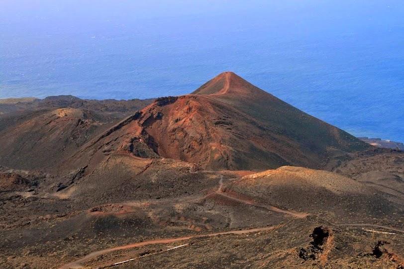 El vulcanólogo Nemesio Pérez descartó la probabilidad de una erupción en Lanzarote