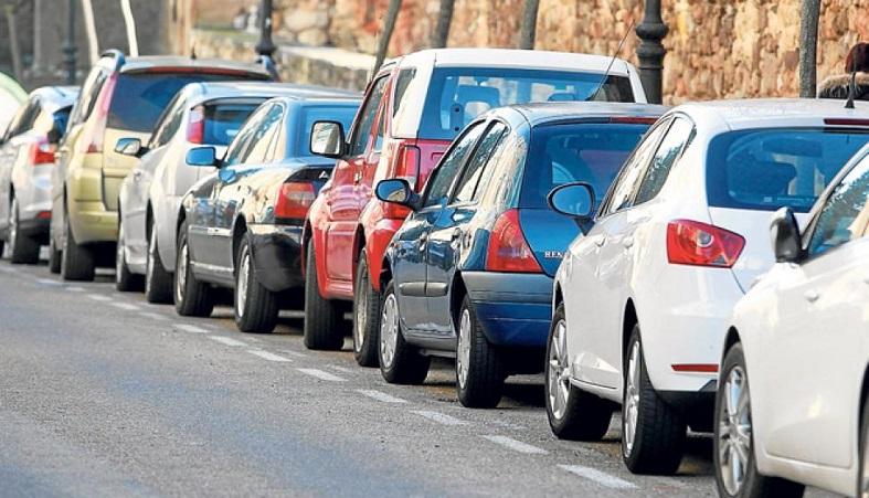 ¿Hay suficientes aparcamientos en los centros de salud?