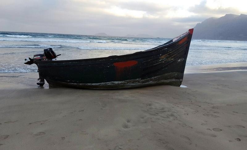 Interceptada una patera con dos inmigrantes al sur de Gran Canaria